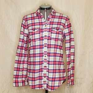 Hollister Pink Plaid Flannery Button-up Top